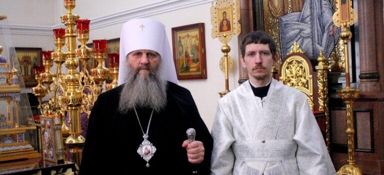 Митрополит Артемий совершил Таинство Рукоположения в сан диакона над пономарем Успенского собора Андреем Кулябиным